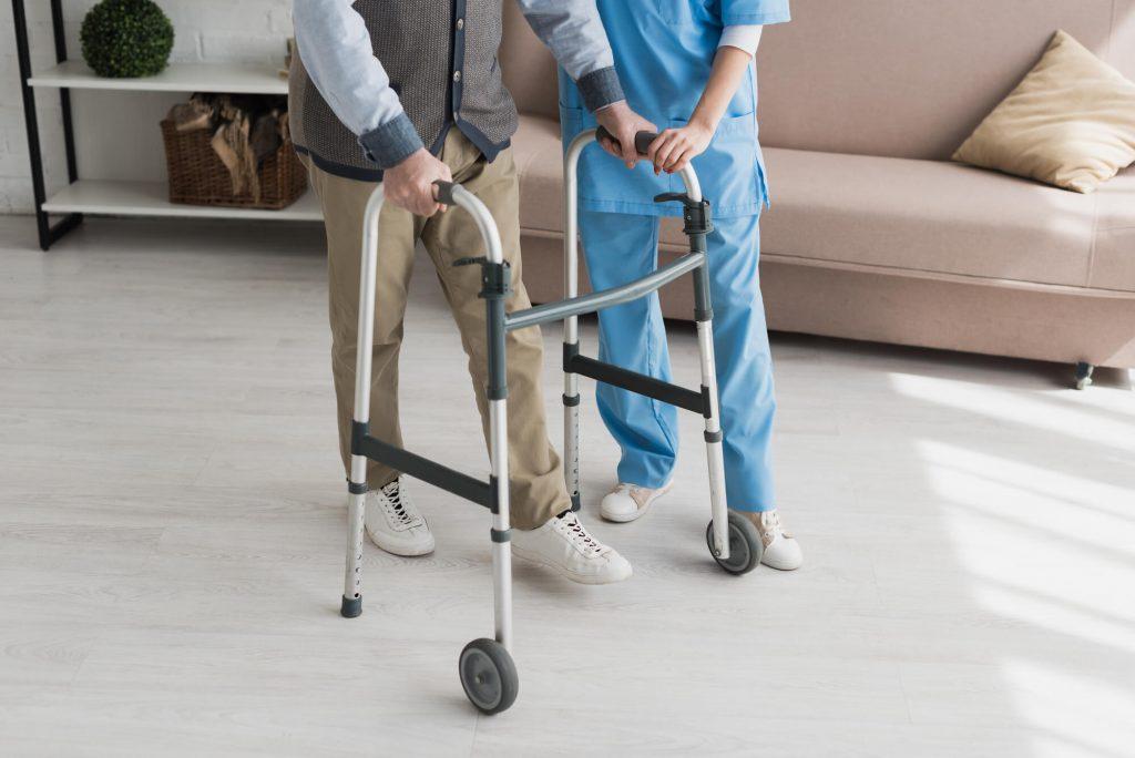 Fizioterapija.si - Rehabilitacija pri Parkinsonovi bolezni